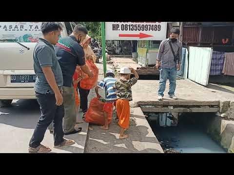 Rumah Koran Bersama petani dan Brimob Sedekah Sayur ke Panti Asuhan, Ponpes dan Satgas Draenase Pemkot