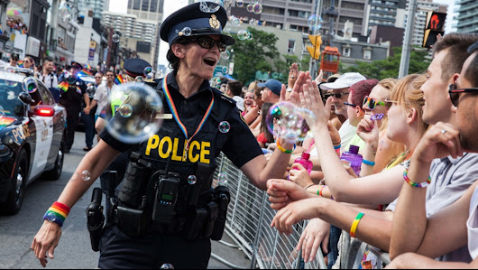 Toronto city councillors threatening to cut Pride funding for excluding police floats | Daily Xtra