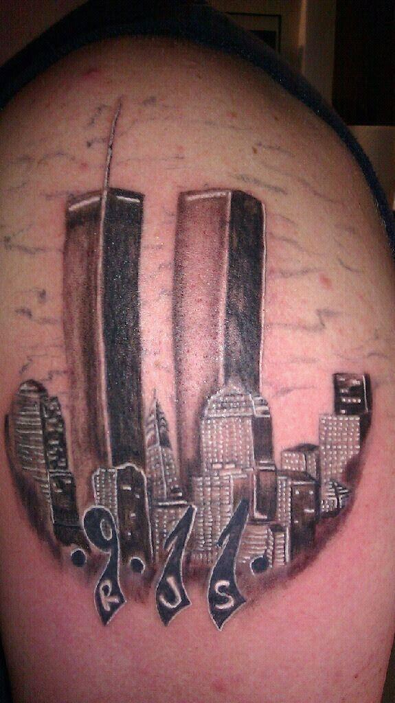 Best Wallpaper 2012: Petes Chicago Skyline Tattoo