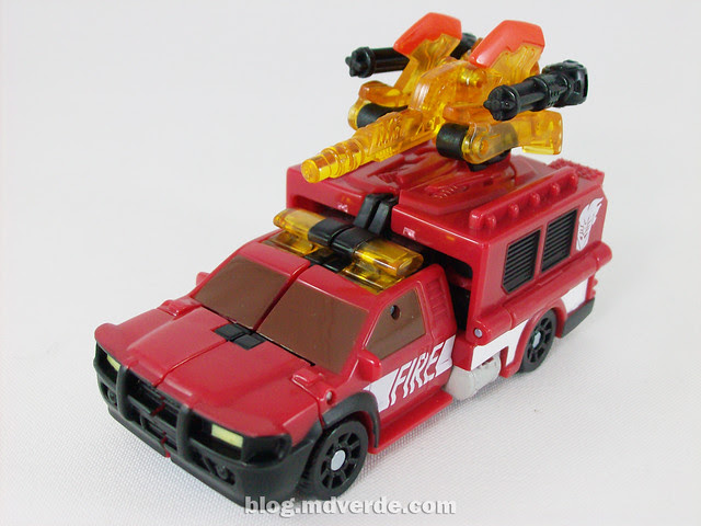 Transformers Smolder con Chopster Power Core Combiners - modo alterno