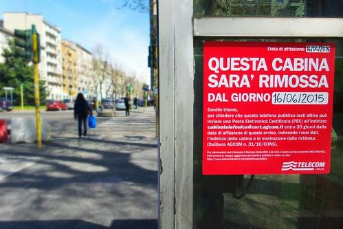 """Trova telefono pubblico """"da museo"""" by Ylbert Durishti"""