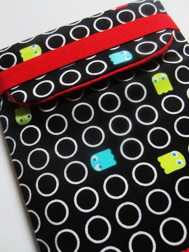 pac man kindle cover detail