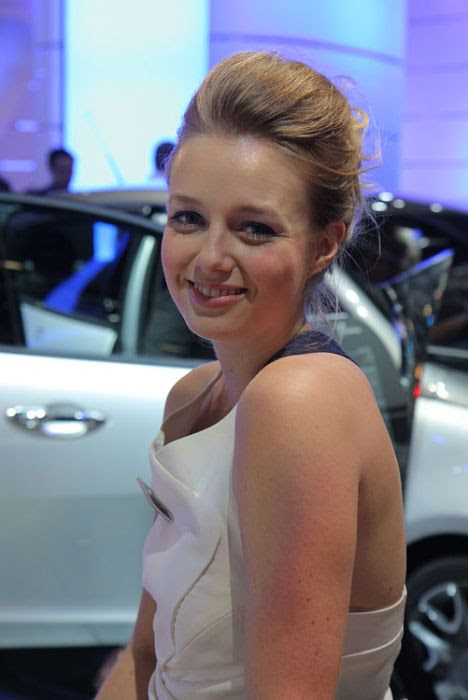 Cars and Girls of Frankfurt Auto Show (91 pics)