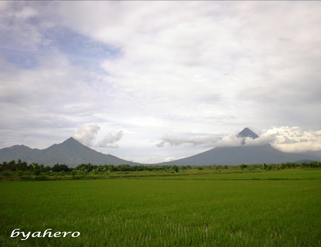 view of Mt. Masaraga and Mt. Mayon in Oas, Albay