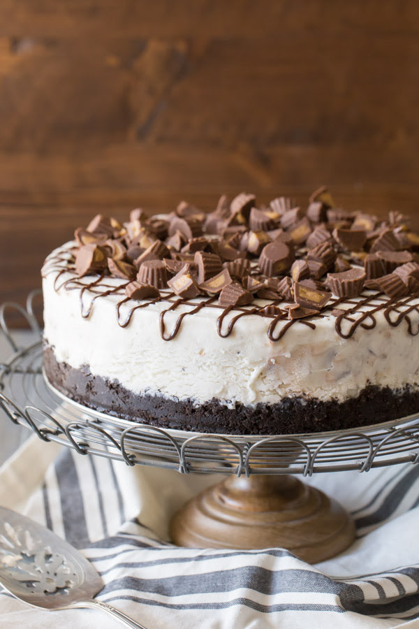 Peanut Butter Cup Ice Cream Cake - Lovely Little Kitchen