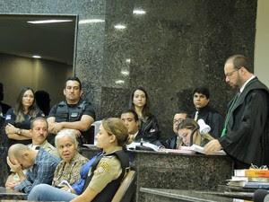 Paulo Sales, defensor de Isabel Cristina, fala em júri dos canibais (Foto: Katherine Coutinho/ G1)