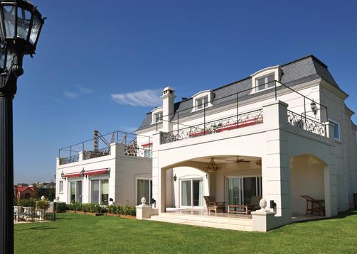 Casa de estilo cl sica franc s a o 2011 superficie 630m2 - Casas estilo frances ...