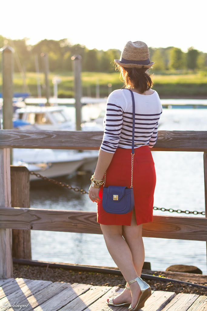 red pencil skirt-4.jpg