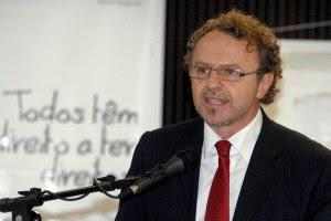 """""""Na defesa de direitos, é inevitável enfrentar debates espinhosos"""""""