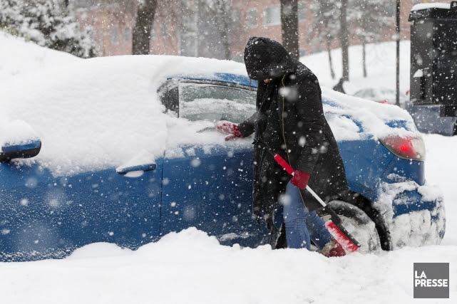 La neige débutera jeudi matin et la tempête... (PHOTO ALAIN ROBERGE, LA PRESSE)