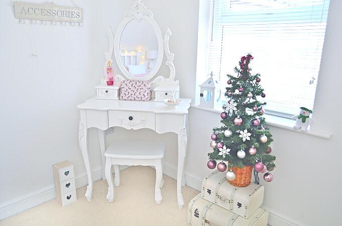christmas tree milk bubble tea