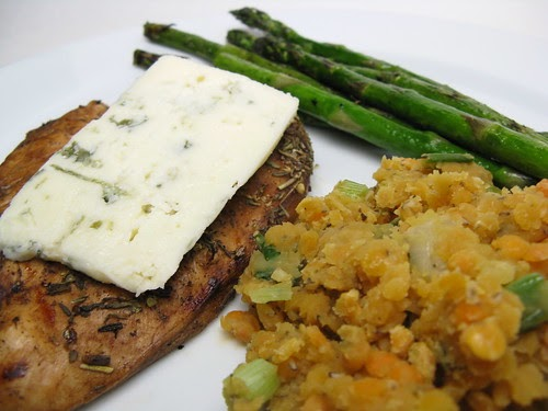 A Good Appetite: Herbed Balsamic Chicken with Blue Cheese