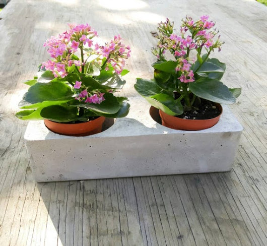 Concrete planter/ Cement Succulent Planter / Indoor Outdoor
