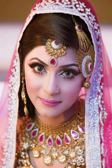 Engagement Bridal Makeup Tutorial Tips 2019 2020 & Dress Ideas