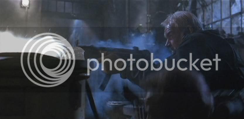 Mason firing H&K MP5N