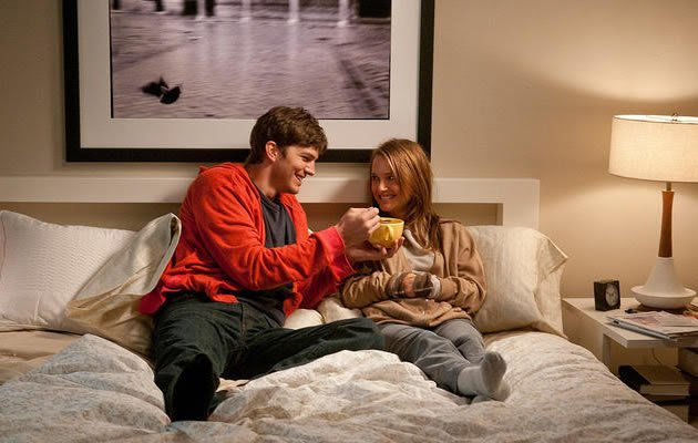 Physical intimacy without emotional attachment? (Yahoo! Movie Still)