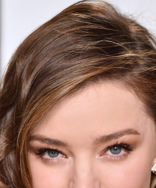 Miranda Kerr Demonstrates 5 Gorgeous Ways to Style Short Hair