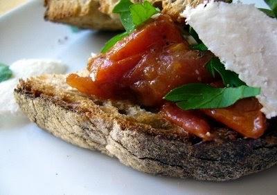 Dans la cuisine de sophie tartine fa on crostini - Basilic seche a ne pas consommer ...