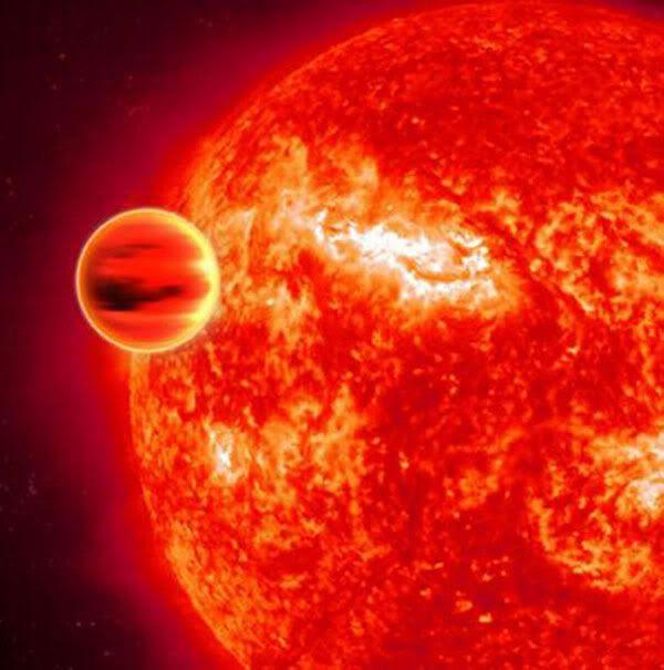 An artist's concept of a 'Hot Jupiter' orbiting its star.