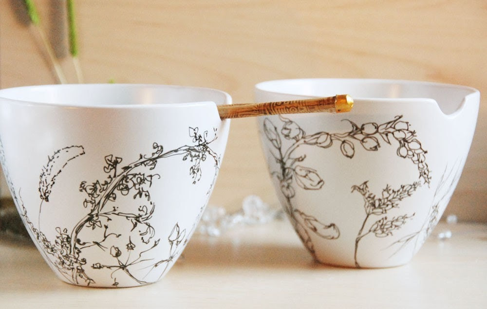 Painted Noodle Bowl Set with Chopsticks - Dry Grass - ready to ship