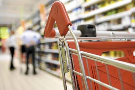 Los edulcorantes y colorantes se utilizan con frecuencia en muchos productos. | James Hardy