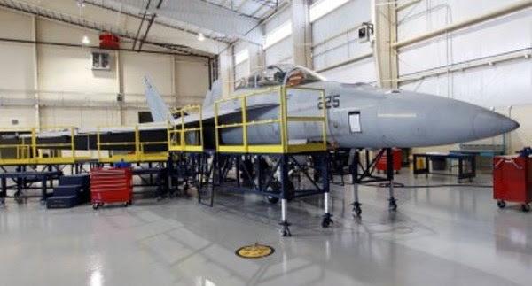 Super-Hornet-Mantenimiento-400x215