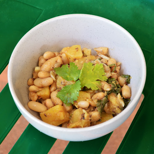 COOKED BEAN & PINEAPPLE SALAD | Sweet Spicy Salad!