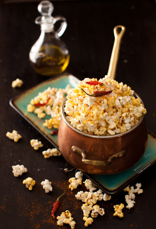 Popcorn with Garlic and Pepper 2