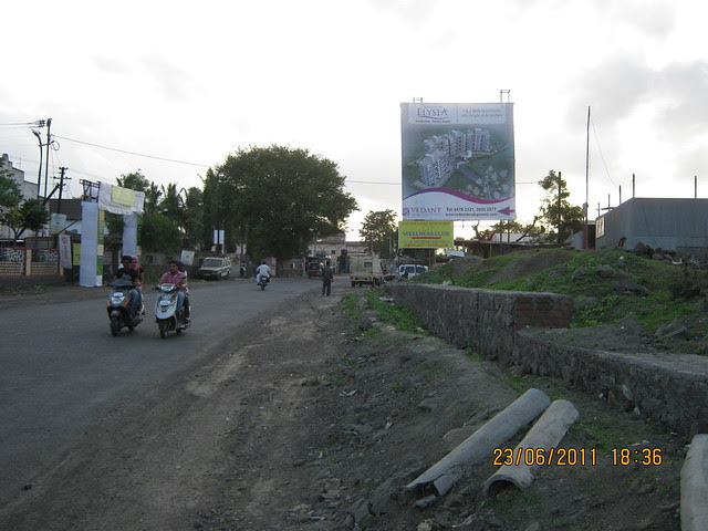 Undri Chowk to Khadi Machine Chowk (Kondhwa Road), Kumar Properties' Kumar Palmcrest - 2 BHK Flats - off Katraj to Saswad Road - behind Savitiri Palace Mangal Karyalaya, Pisoli Gram Panchayat, Pune 411 028