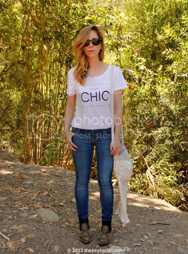 H&M simplement chic T-shirt, Old Navy Rock Star skinny jeans, Dolce Vita Rezzie boots, and Mossimo macrame bag