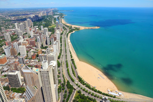 Quick Guide to Chicago's Lakeshore Drive