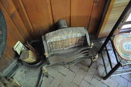 little cabin heater