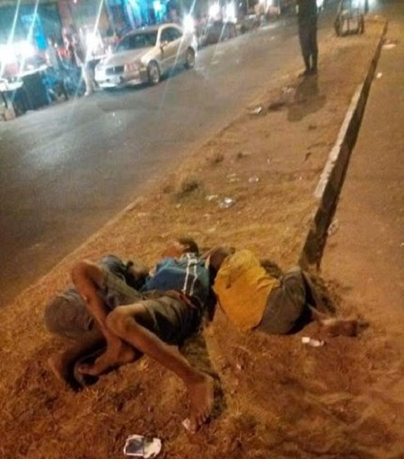 Photo(s) - Touching! 3 Children Spotted Sleeping on the Street of Uyo at Midnight