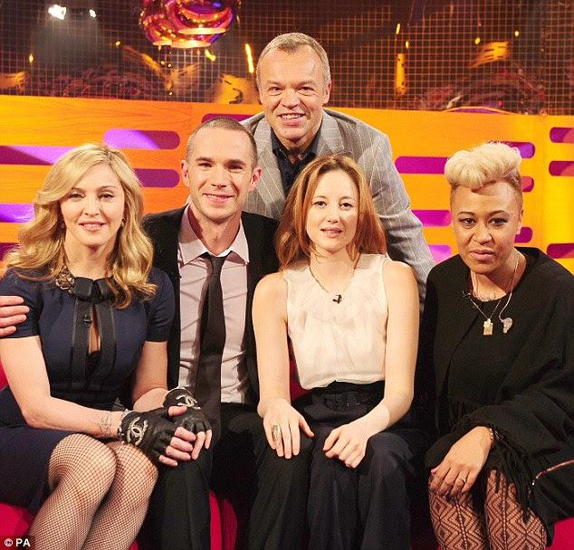 Novo garoto sobre o bloco: Emeli Sande junta Madonna e do elenco no sofá