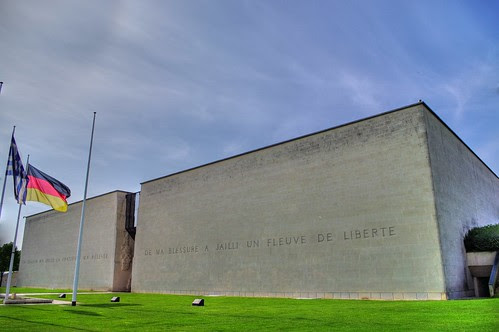 Le Mémorial de Caen by photo & life™