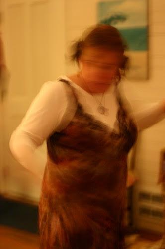 i dance on