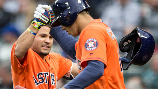 Jose Altuve leads Astros past Mariners
