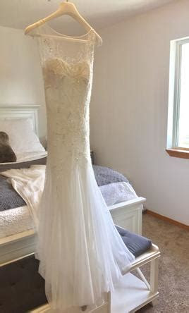 Rosa Clara Volga Beaded Tulle Trumphet Dress, $800 Size: 4
