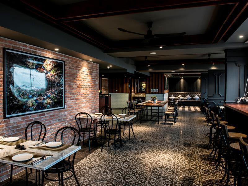 Review Aquarius Hotel & Urban Resort
