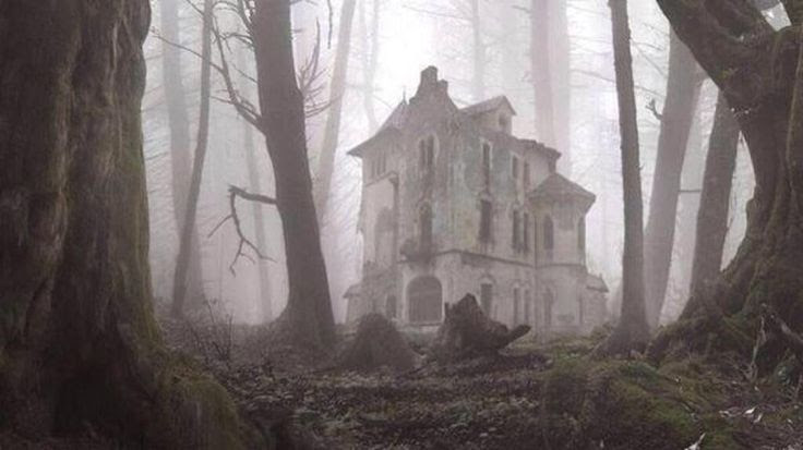 The 40 Most Breathtaking Abandoned Places In The World. http://news.distractify.com/dark/science/abandon-places/?v=1