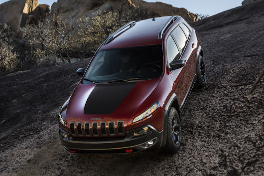 2019 Jeep Cherokee Gets New Engine to Go With New Face - The Truth About Cars