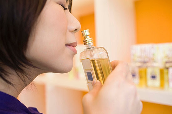 Where It's Safe to Buy Perfume