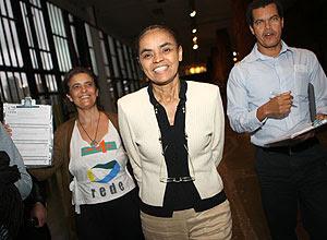 Marina Silva coleta assinaturas no SPFW