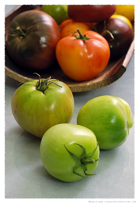 green tomatoes© by Haalo