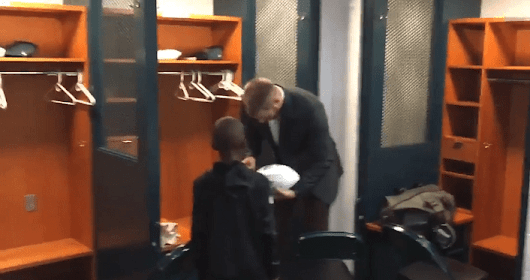 WATCH: Donovan McNabb's Son Gets Carson Wentz's Autograph in the Eagles' Locker Room