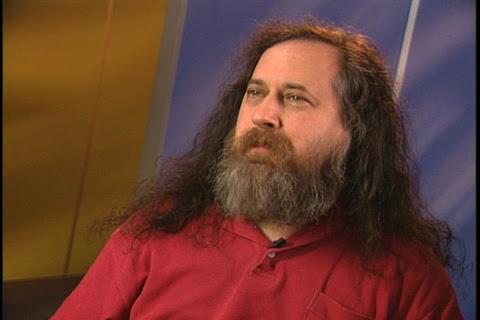 Richard Stallman critica Apple