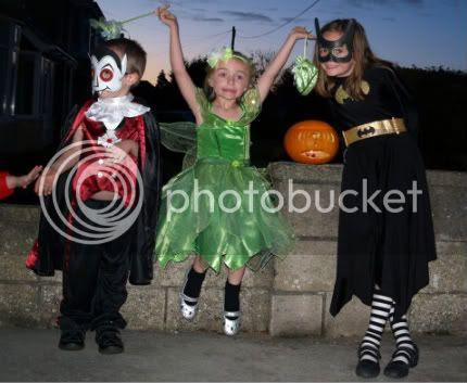 Connor Bella Gabby Halloween 2010