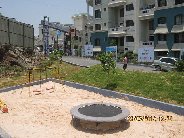 Play area & main entrance - Visit Windsor County, 1 BHK 2 BHK & 3 BHK Flats near Reelicon Garden Grove, Datta Nagar, Ambegaon Budruk, Pune 411046