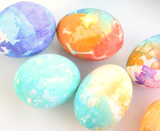 8 Easy Easter Egg Decorating Ideas