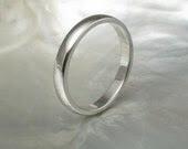 2.5mm half round wedding band / stacking ring in platinum